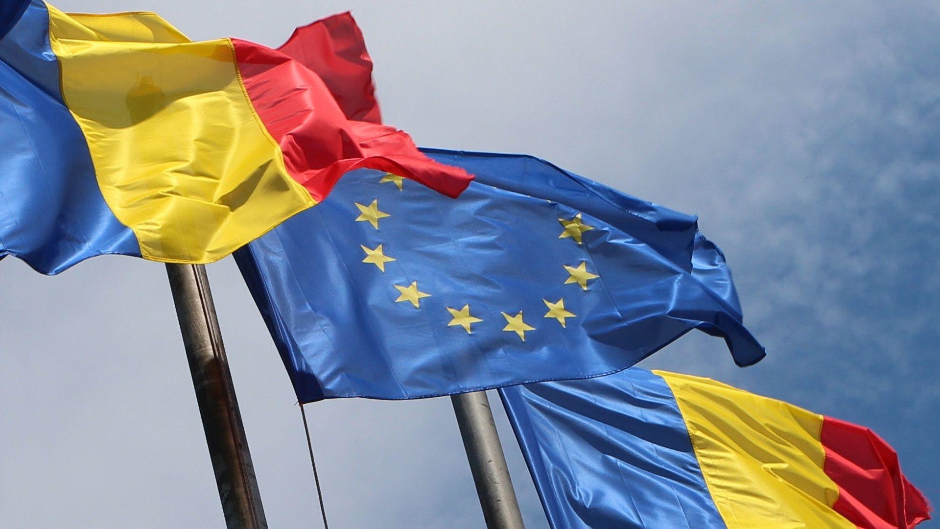 Steag România  - steag - La mulți ani România!